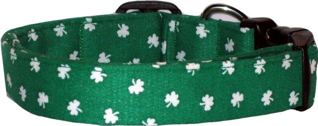 Emerald Green & White Shamrocks Dog Collar