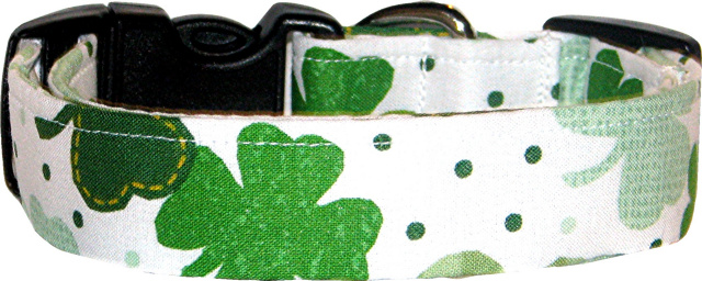 Large Patchwork Shamrocks Dog Collar