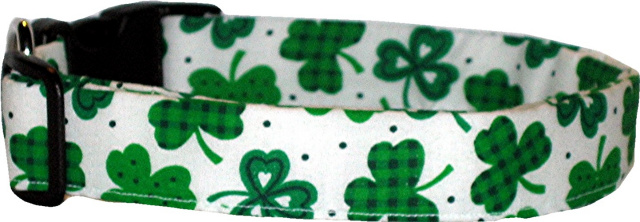 White & Green Shamrock Handmade Dog Collar