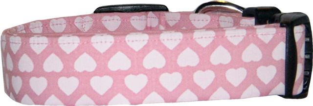 Hearts on the Line Pink Dog Collar
