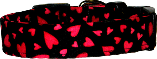 Vibrant Red & Black Hearts Dog Collar